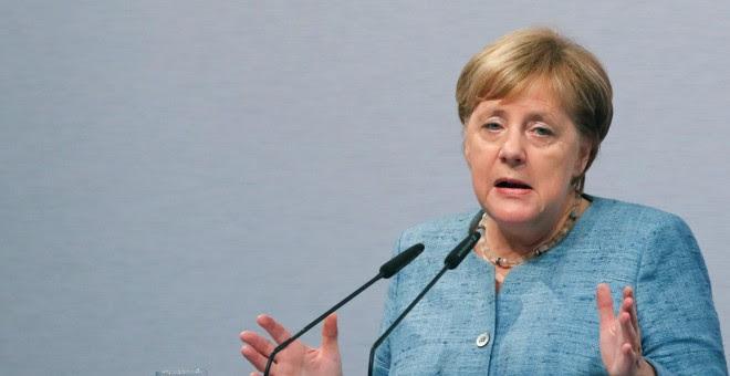 La canciller alemana, Angela Merkel, habla durante la ceremonia de apertura de un centro tecnológico en Immendingen, en Alemania. September 19, 2018. REUTERS/Arnd Wiegmann
