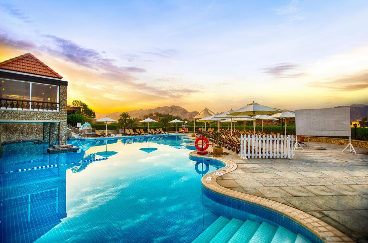 JA Hatta Fort Hotel - Gazebo Pool.3