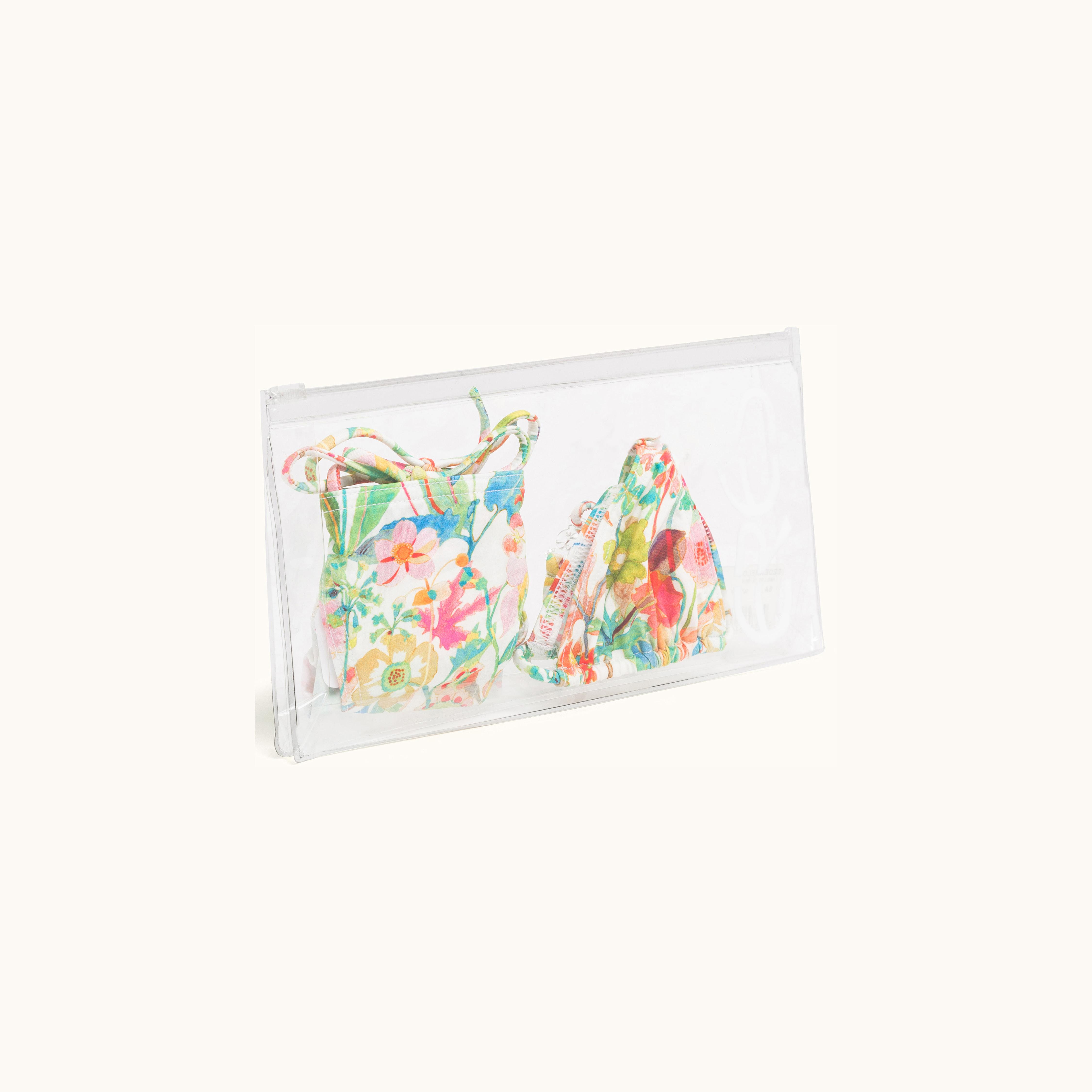 234c7db1 3628 4600 8508 cacf3a464b32 - Eres y Bonpoint colaboran en una colección de  ropa de baño para niñas y madres