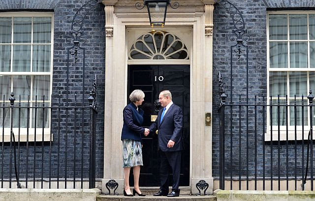 UK Prime Minister Theresa May and Israeli Prime Minister Benjamin Netanyahu at No. 10 Downing in London
