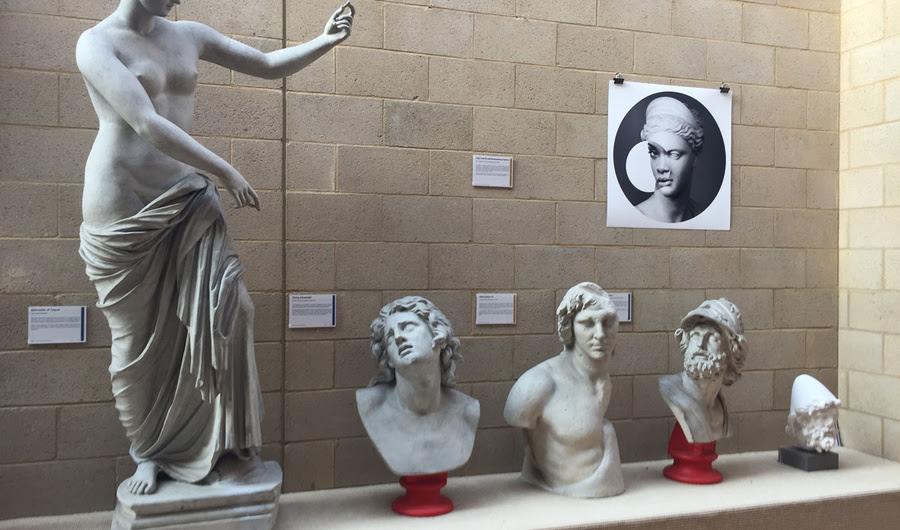 Como antiga grega e romana arte pode falar com a Era Digital