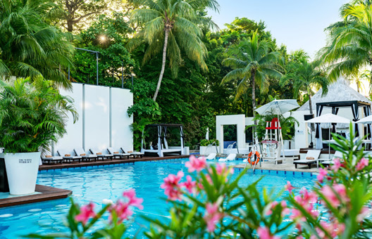 Oasis Hotels & Resorts Cyber Monday Sale up to 70% off packages