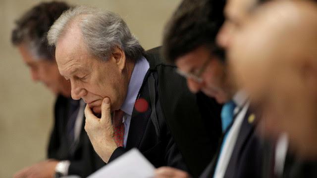 Senadores vão ao Supremo contra reeleição de Alcolumbre e Maia