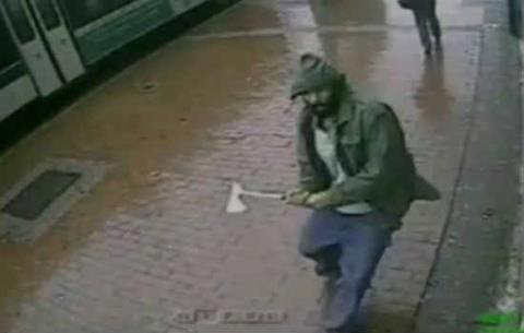 Jihad in America: Hatchet Wielding Muslim Viciously Attacks Two NYPD Officers