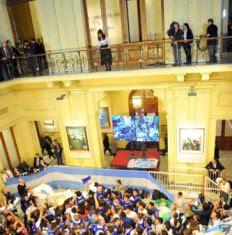 /fotos/20140930/notas/30-09-2014_buenos_aires_la_presidenta_cristina.jpg