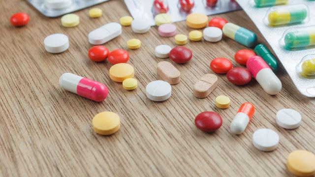 Senado aprova projeto para suspender reajuste de medicamentos em 2021