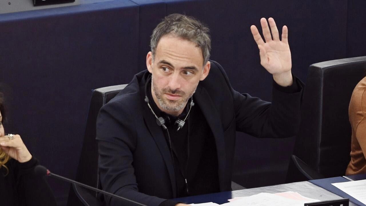 Nghị sĩ châu Âu Raphaël Glucksmann trong một phiên họp toàn thể Nghị Viện Châu Âu, tại Strasbourg, Pháp, ngày 28/11/2019.