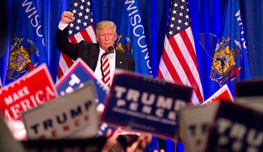 בילד: טראמפ הילף פאר געפארשטע געהילפן