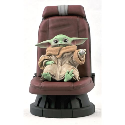 Image of Star Wars The Mandalorian Child in Chair 1:2 Scale Statue - JANUARY 2021
