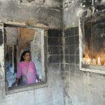 Lors d'un hommage à Ahmedabad le 28 février 2011 aux victimes de la Gulbarg Society tuées dans les programs anti-musulmans qui ont suivi l'incendie du train de Godhra, neuf ans plus tôt en 2002. (Crédits : AFP PHOTO / Sam PANTHAKY)