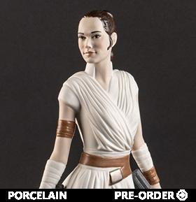 Star Wars: The Rise of Skywalker Rey Porcelain Statue