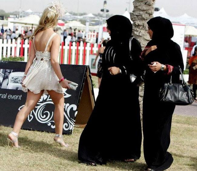 Chỉ có người Arab sống tại Dubai?