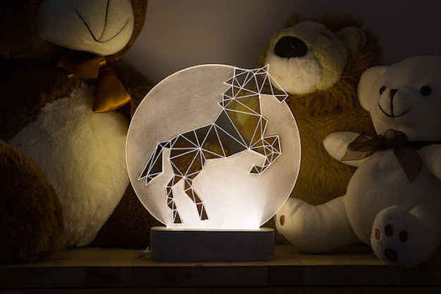 This majestic prancing lamp.