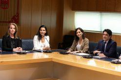 Vox tensa la cuerda y condiciona la Comunidad de Madrid a tener concejalías en el Ayuntamiento con 20 días para negociar