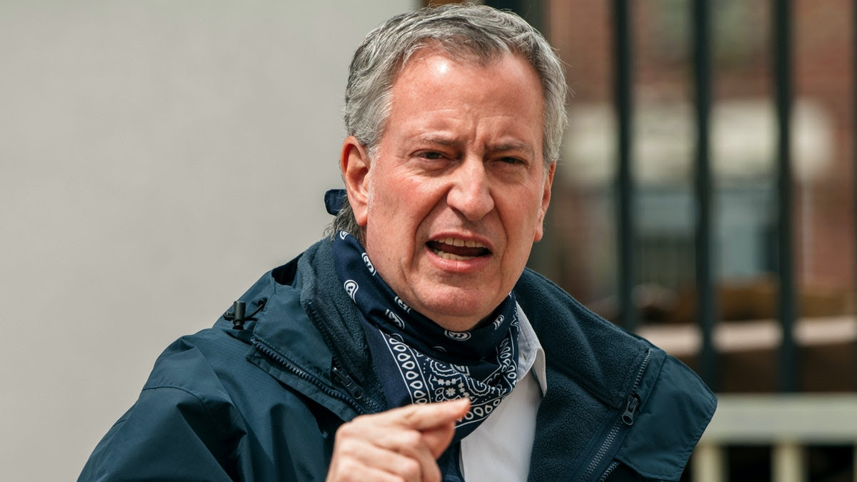 De Blasio Demands Cop Be Fired For Pulling Gun On Crowd In Viral Video. Then The Full Video Comes Out.