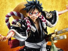 ONE PIECE FIGURES & STATUES