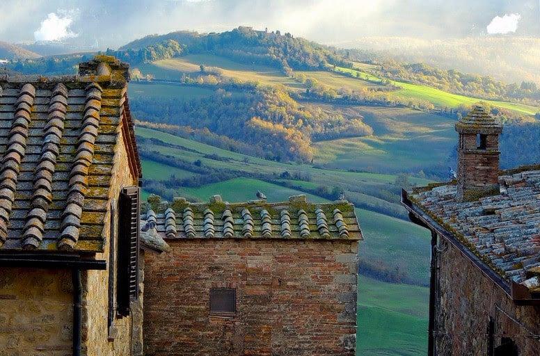 Tuscany_Rooftops