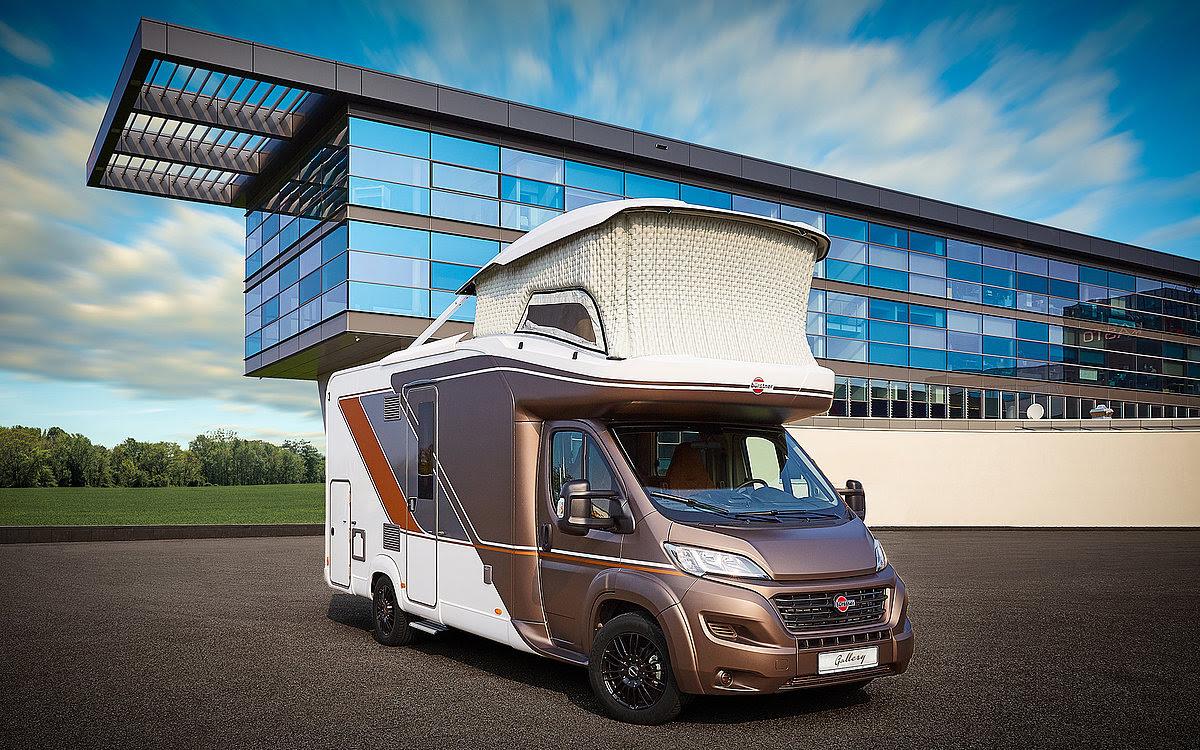 Bürstner lanza su primera autocaravana con techo elevable