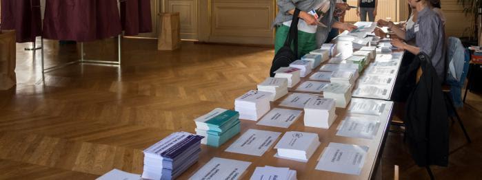 """vers un nouveau record d'abstention, Le Pen père tacle Philippot, Dupont-Aignan compte sur les """"insoumis""""..."""