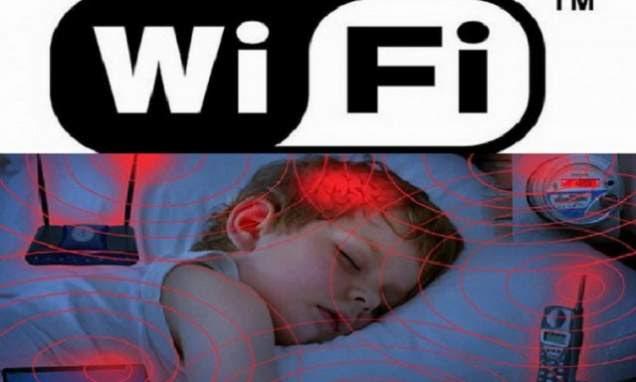 Imagini pentru pericol telefonul mobil unde daunatoare