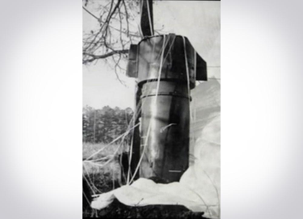 In 1972  B-52 ta...B 52 Shot Down Over Vietnam