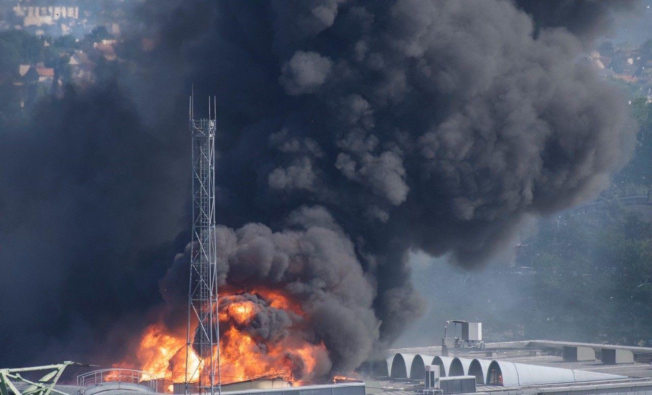 Dans l'usine qui a pris feu en juillet, l'installation de détecteurs d'incendie «était prévue pour 2020»… Odile Tambou