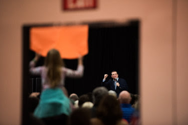 Senator Ted Cruz during a campaign rally in Green Bay, Wis., on Sunday.