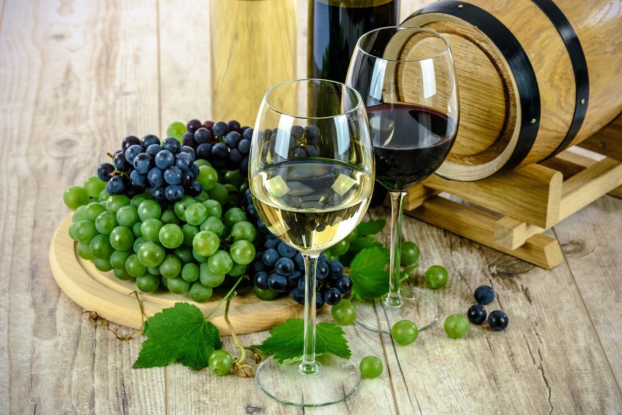 wine-1761613_1280.jpg