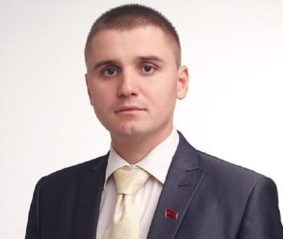 Ukraine : Alexander Kononovich (KPU) raflé en pleine rue par la junte fasciste de Kiev