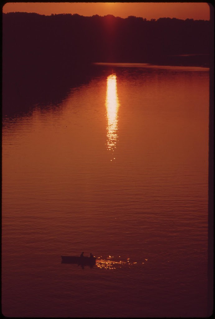 Sunset On The Polluted Potomac, September 1973 | by The U.S. National Archives