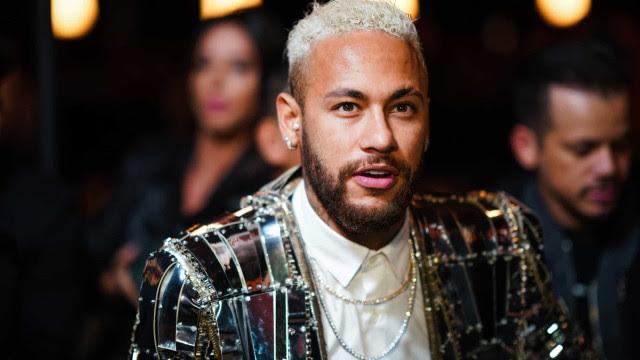 Homem tenta invadir casa de Neymar e é preso