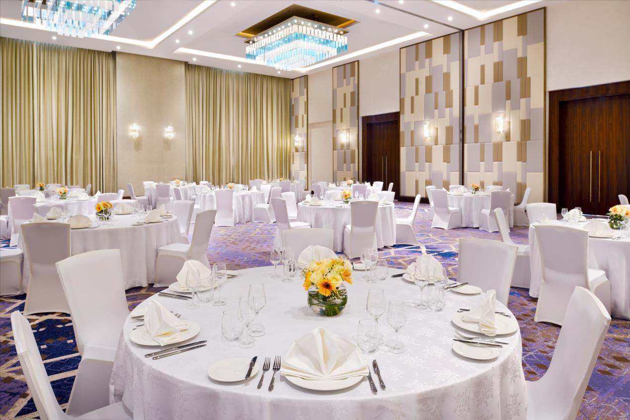 Holiday Inn Ballroom-Gala Dinner - Res