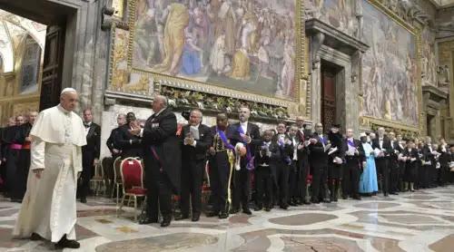 El Papa advierte del peligro de no trabajar por el fin de las guerras que afectan al mundo