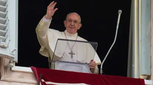 Solo el encuentro con Dios conoce puede dar sentido pleno a la vida, destaca el Papa