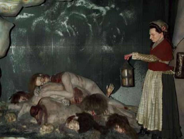 Музей Тюссо собирает волосы для своих кукол среди казненных преступников - экспозиция из музея Мадам Тюссо в Лондоне