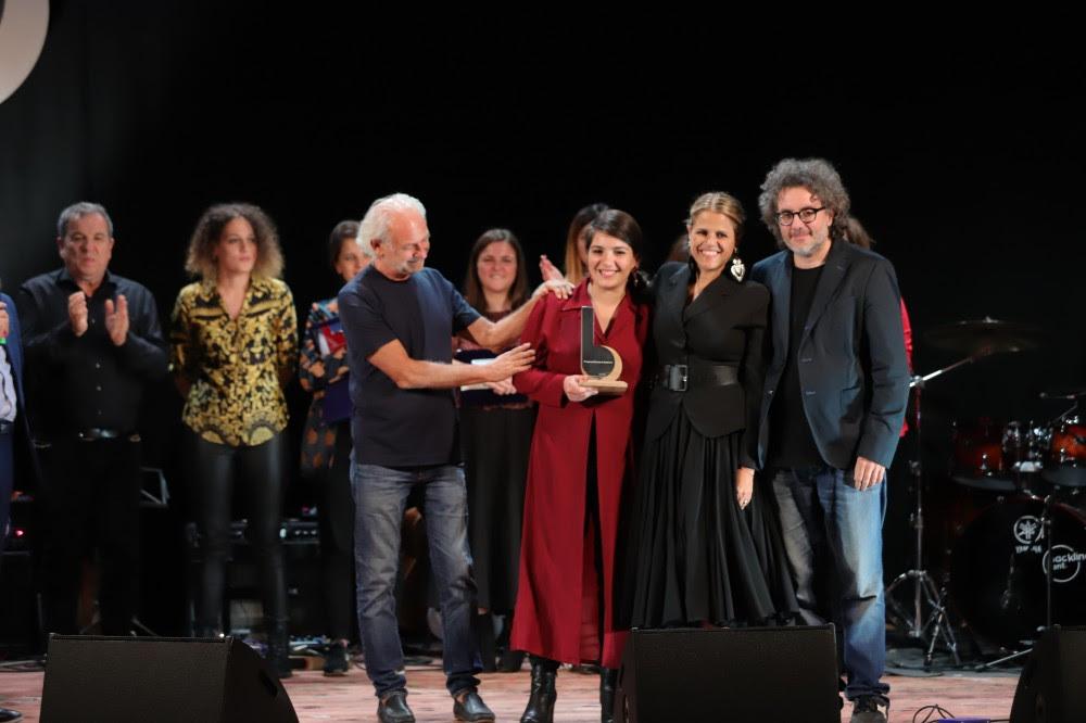 Cristiana Verardo, vincitrice edizione 2019, premiata da Tosca, Ferruccio Spinetti e Gaetano d'Aponte