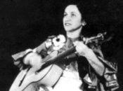 La folclorista chilena, quien se suicidó en 1967, cumpliría este día 102 años de edad.