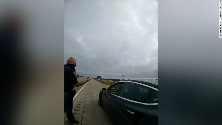 How a driver falls asleep behind the wheel of his Tesla and gets pulled over