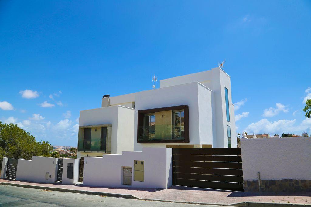 Last new  lux villa in Los Balcones Torrevieja per 365000 euro