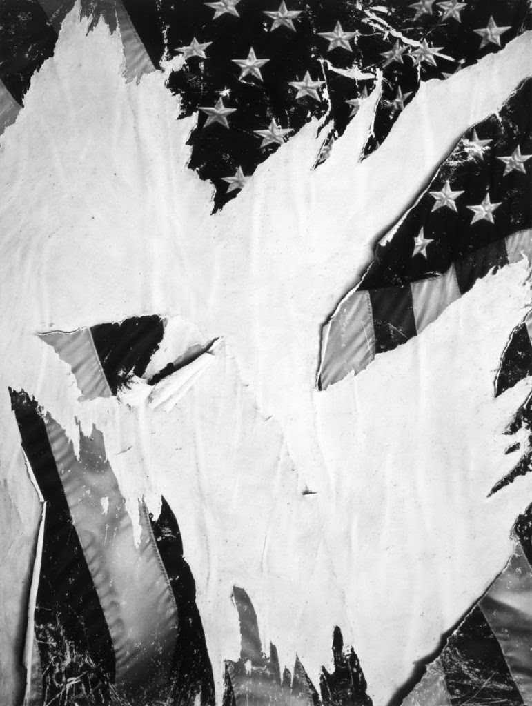 Robert Longo, Untitled (Torn Flag) (2018). Image courtesy of the artist and Metro Pictures, New York.