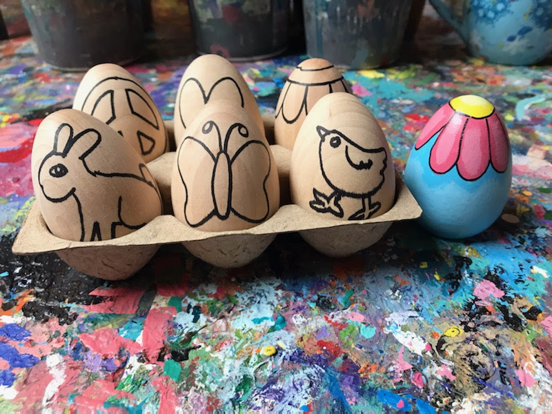 Easter Egg Hunts - DIY Eggs