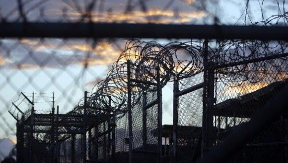 Cárcel norteamericana en la Base Naval de Guantánamo. Foto: Diario República.