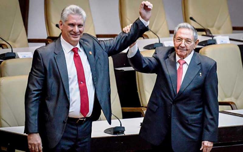 Nuevo presidente cubano: promovió el movimiento de rock  y cuando joven,  llevaba el pelo largo , una camisa deportiva y vestía pantalones vaqueros