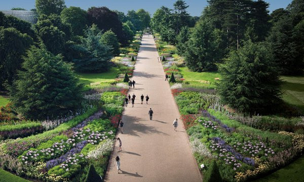 Image of the Great Broad Walk Borders