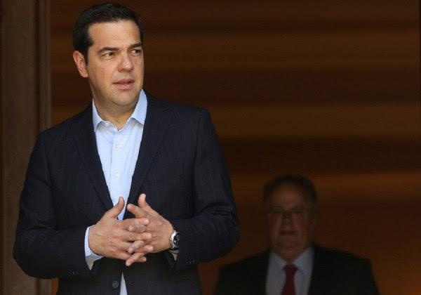 Bloomberg: Η συμφωνία των Πρεσπών θα περάσει, αλλά θα στοιχίσει στον Τσίπρα