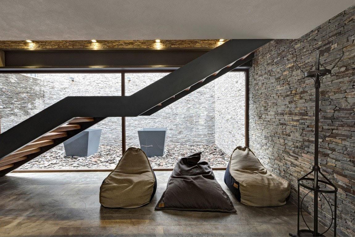 Όμορφη Casa ΜΜ με ένα σύγχρονο σχέδιο που δημιουργείται από τον Ηλία Ρίζο Arquitectos (15)