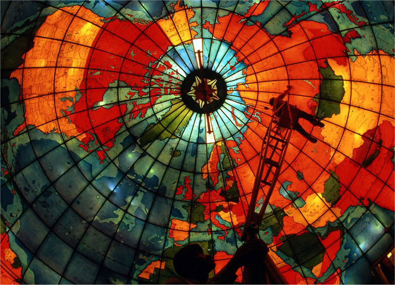http://twistedsifter.com/2013/03/stained-glass-globe-mapparium-boston/
