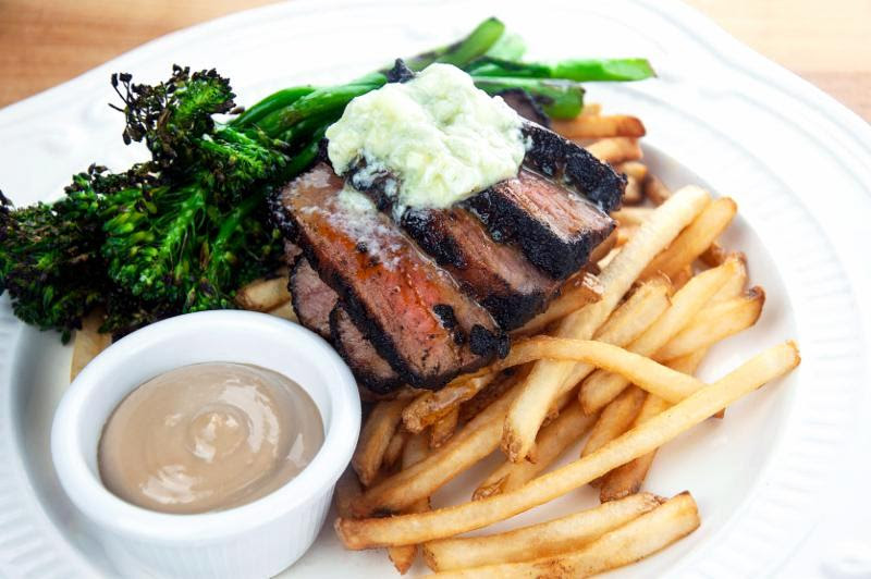 Steak Frites image