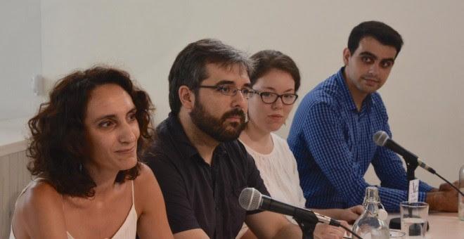 Isabel Elbal, Emmanuel Rodríguez, Paz Serra y David Leal, portavoces de Ahora en Común (de izquierda a derecha)./ AGUSTÍN MILLÁN