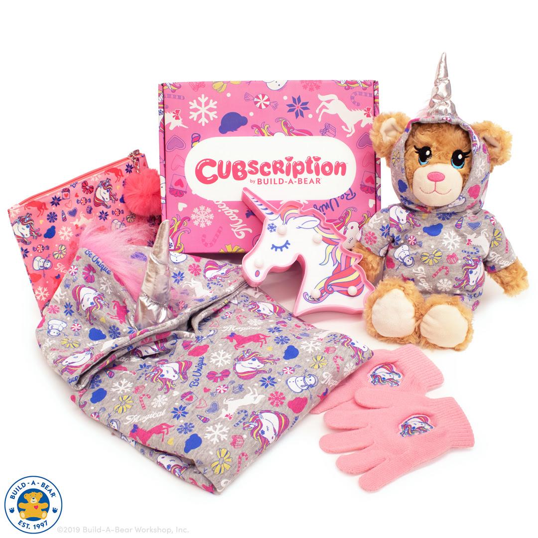 Cubscription_Winter2019_FullReveal_1.jpg